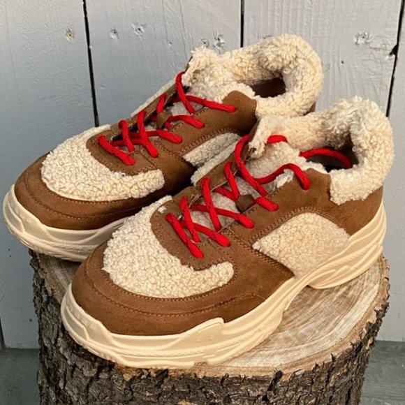 JESSICA SIMPSON Sporta2 Warm Sneaker - Size 9 NIB!